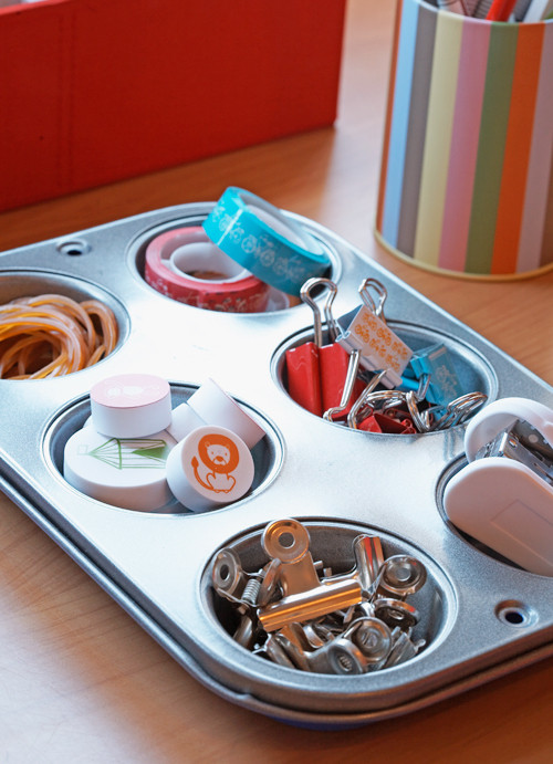 use a baking tray for storing your stationary and craft supplies